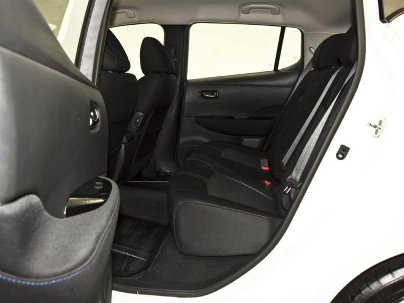 Nissan LEAF 30