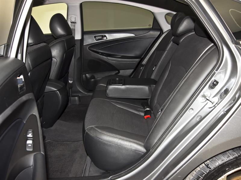 Hyundai Sonata 31