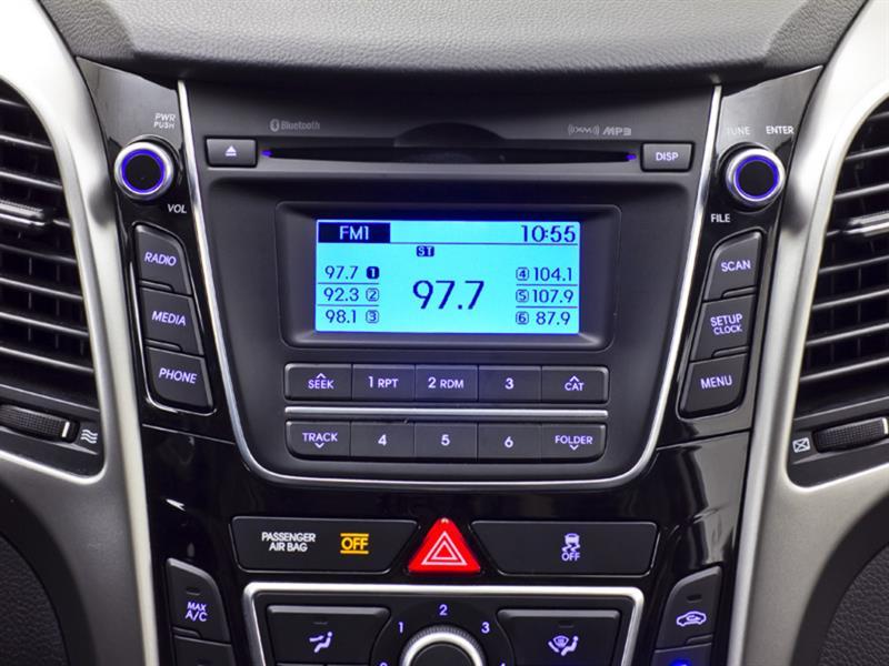 Hyundai Elantra GT 21