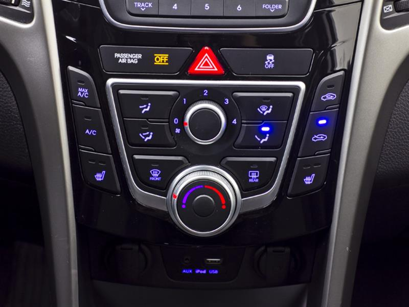Hyundai Elantra GT 22