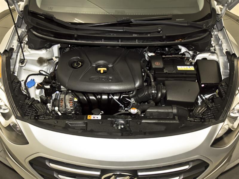 Hyundai Elantra GT 30