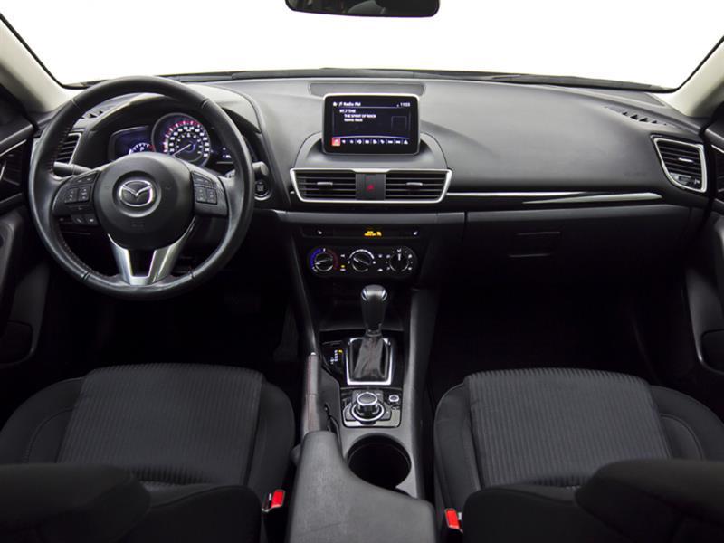 Mazda 3 18