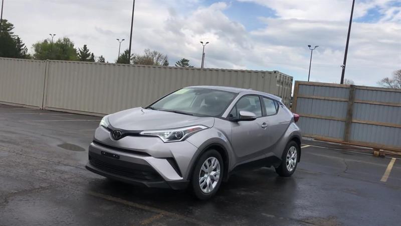toyota C-HR LE 2WD 2019 - 4