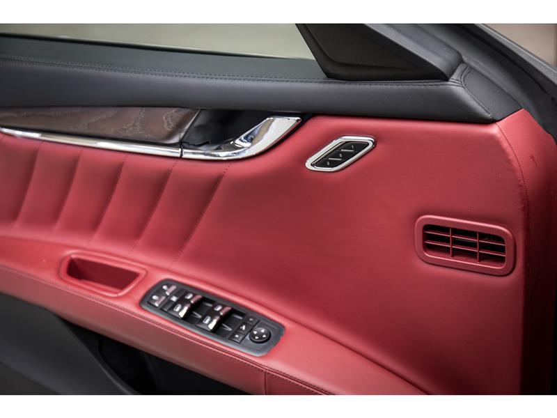 Maserati Quattroporte 17