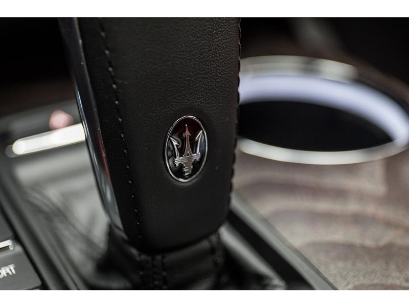Maserati Quattroporte 22
