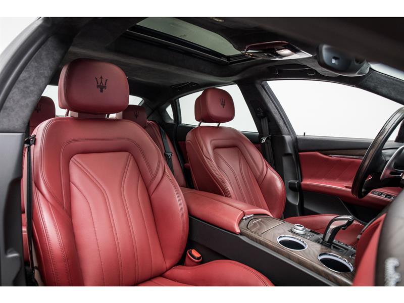 Maserati Quattroporte 42