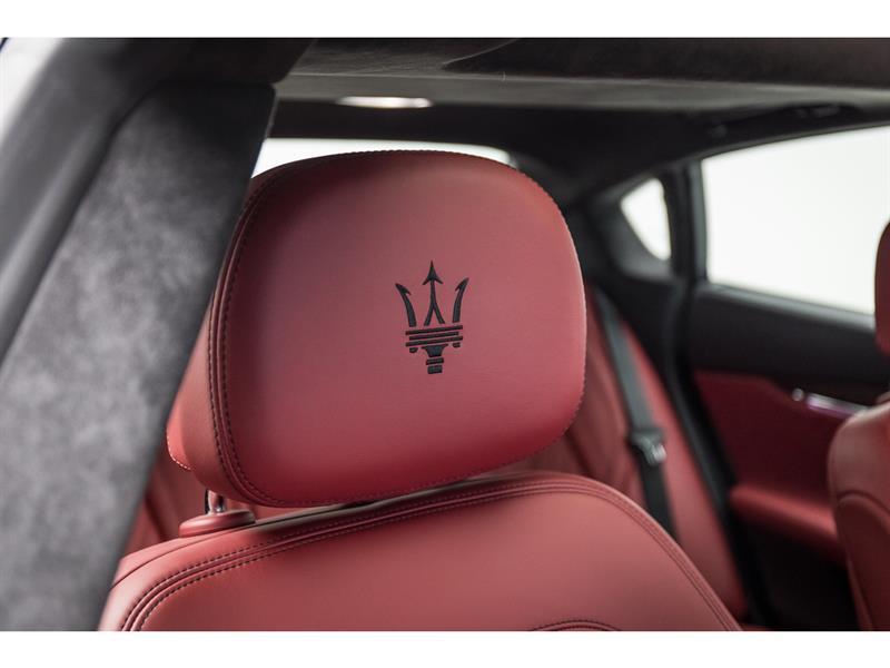 Maserati Quattroporte 43