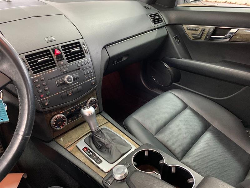 Mercedes-Benz C-Class 18
