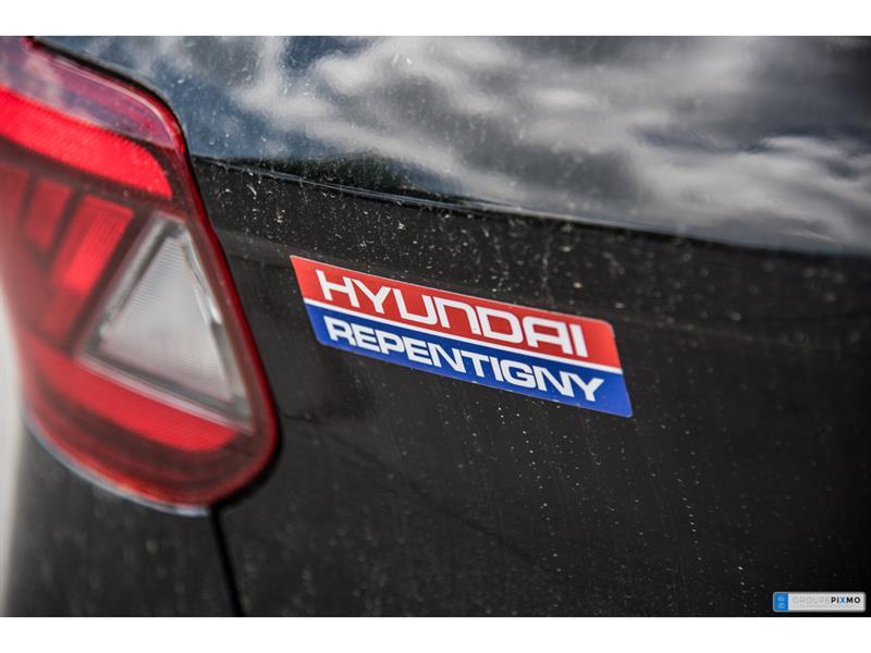 Hyundai Venue 10