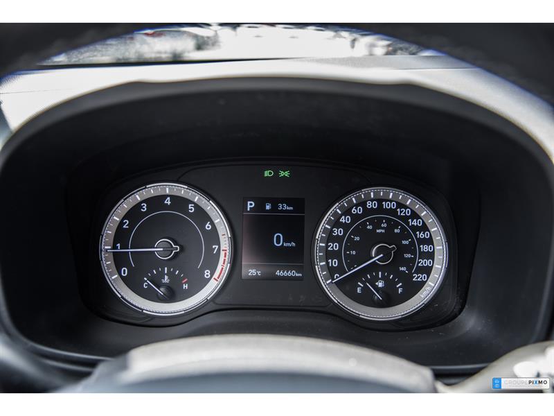 Hyundai Venue 17