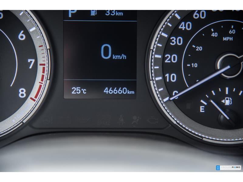 Hyundai Venue 18