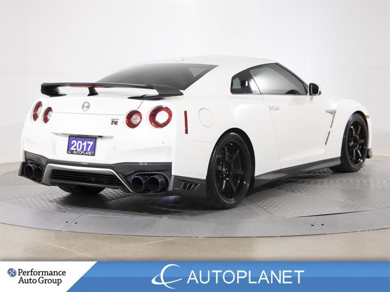 Nissan GT-R 7