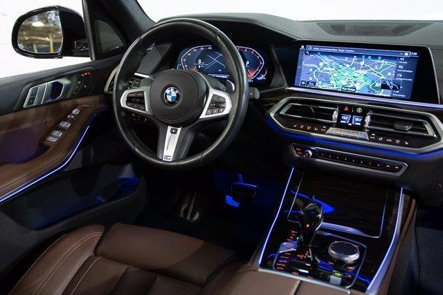 BMW X7 22