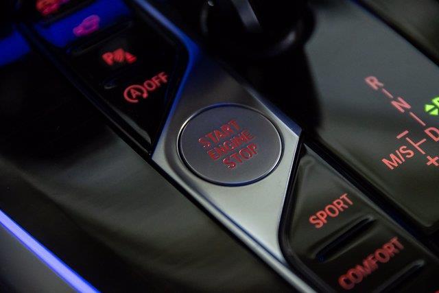 BMW X7 38