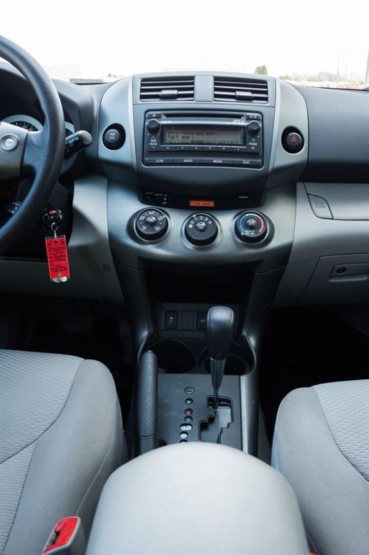 Toyota RAV4 36