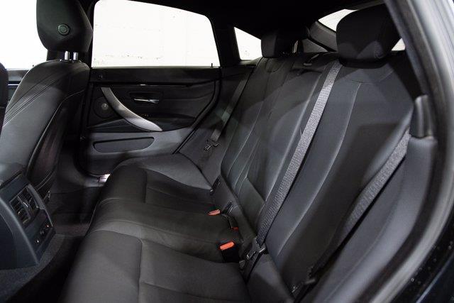 BMW 440 29