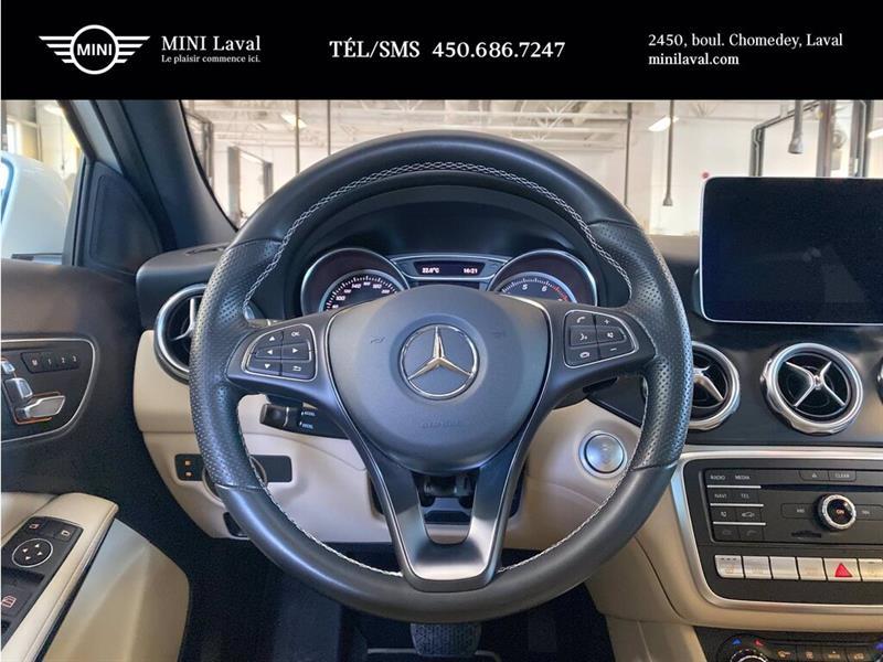 Mercedes-Benz GLA-Class 13