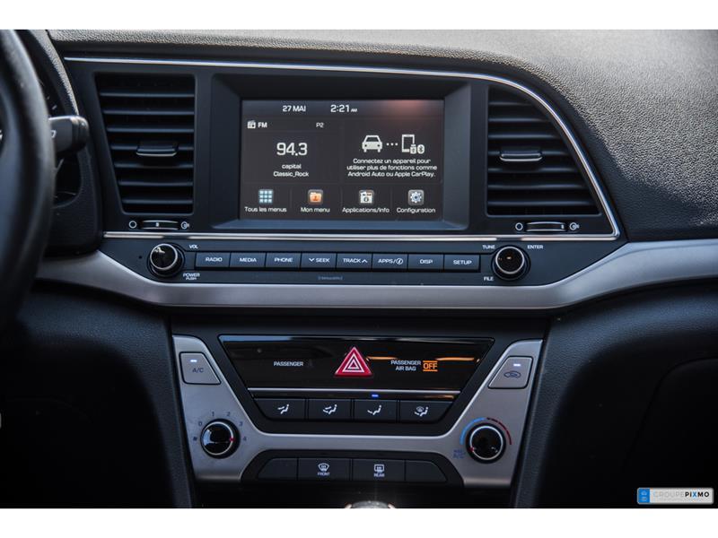 Hyundai Elantra 26