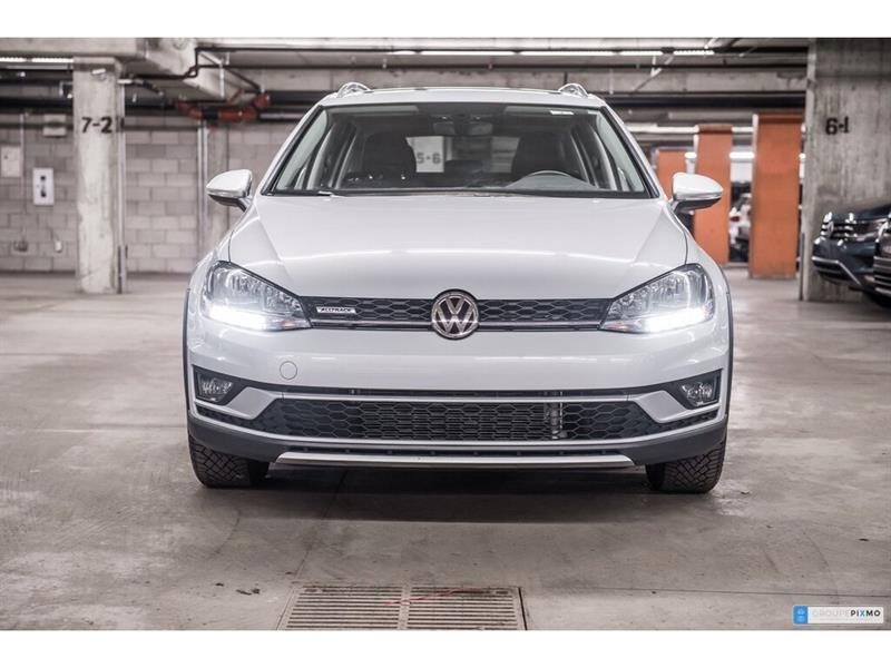 Volkswagen Golf Alltrack 9