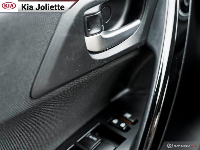 toyota Corolla iM 2018 - 19