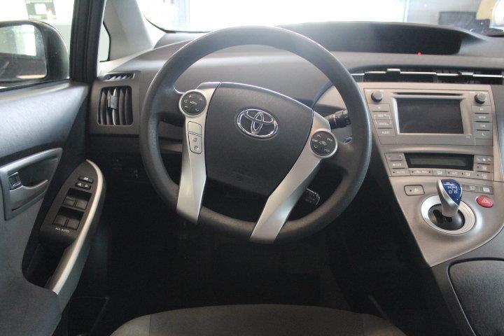 toyota Prius 2015 - 2
