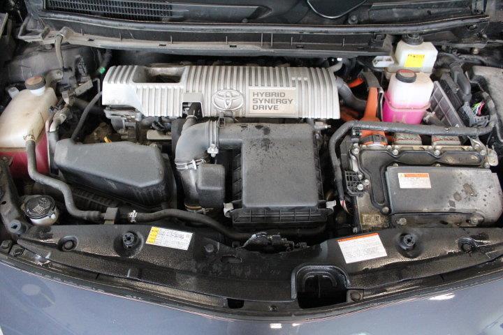 toyota Prius 2015 - 12
