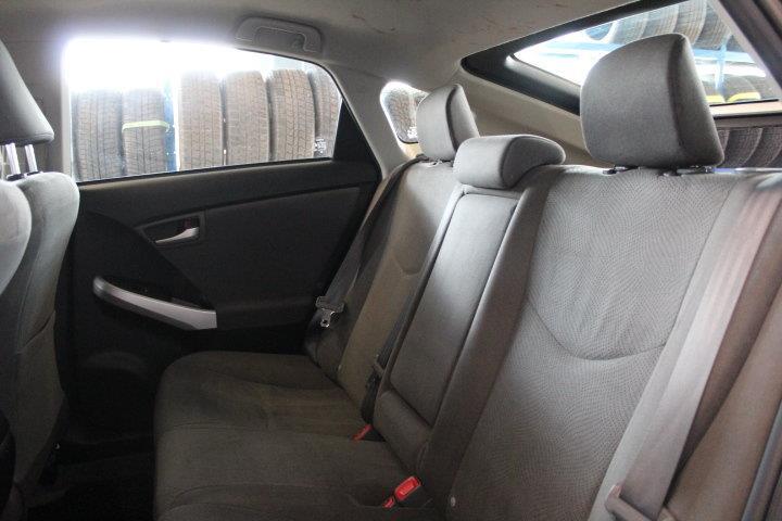 toyota Prius 2015 - 21