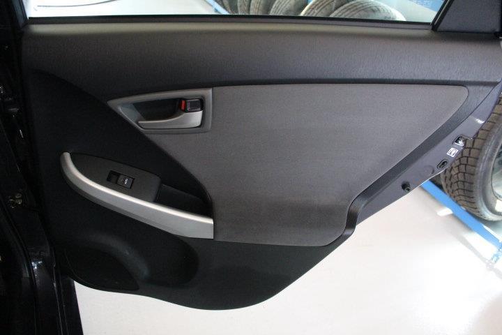 toyota Prius 2015 - 23