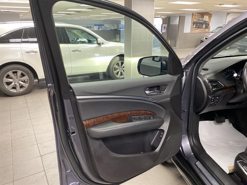 Acura MDX 9