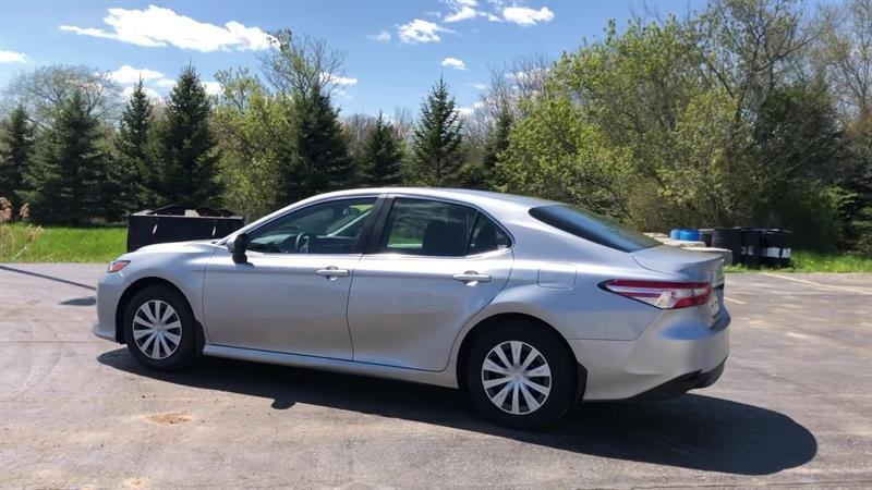 toyota CAMRY LE 2WD 2020 - 6