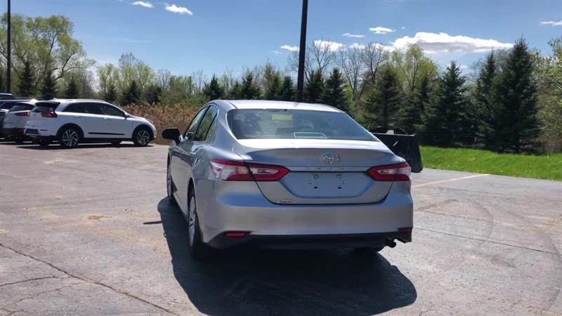 toyota CAMRY LE 2WD 2020 - 7