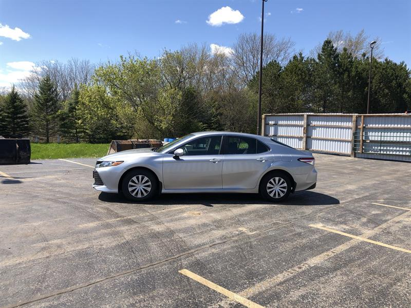 toyota CAMRY LE 2WD 2020 - 10