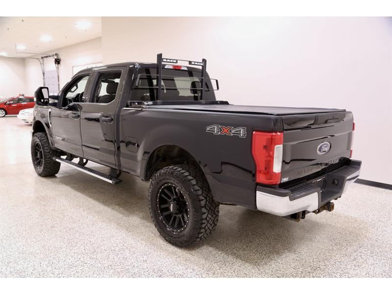 Ford F-250 11