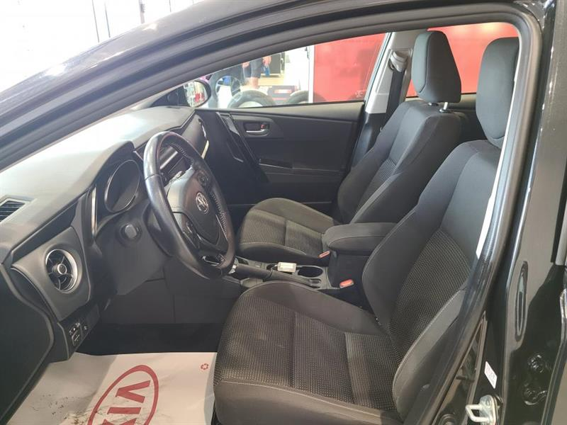 toyota Corolla iM 2017 - 13