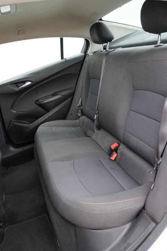 Chevrolet Cruze 41