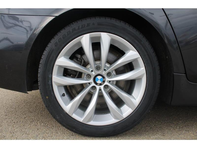 BMW 5 Series 26