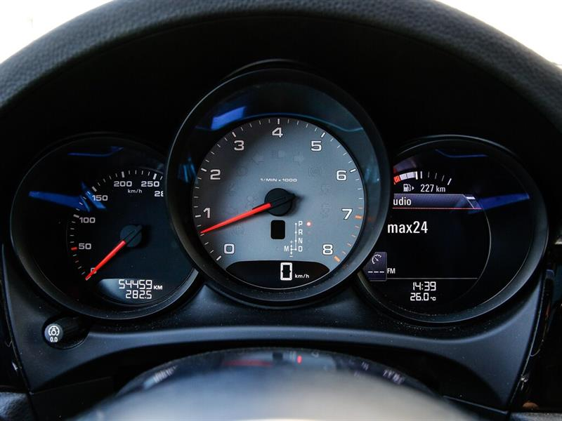 Porsche Macan 31
