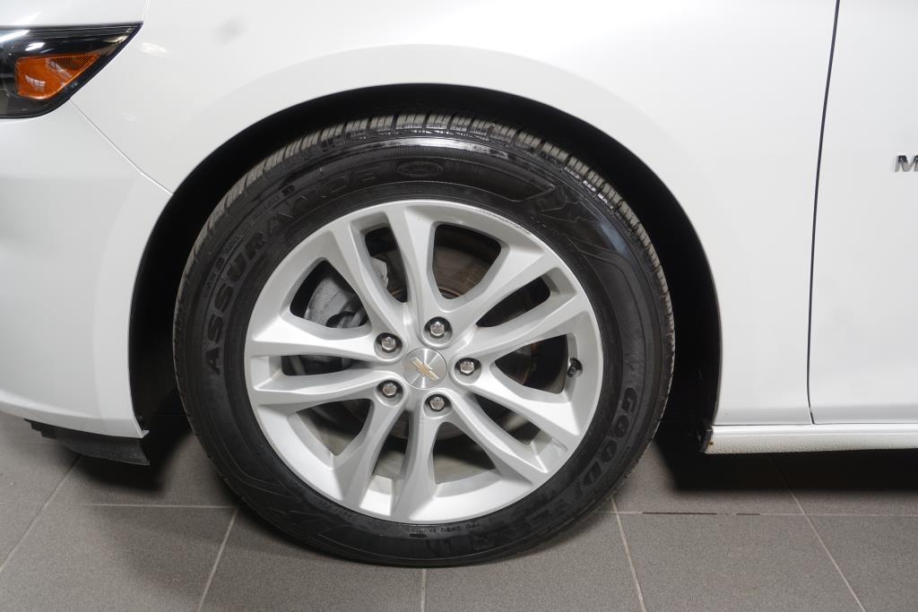 Chevrolet Malibu 2