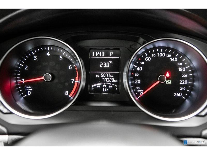 Volkswagen Jetta Sedan 20