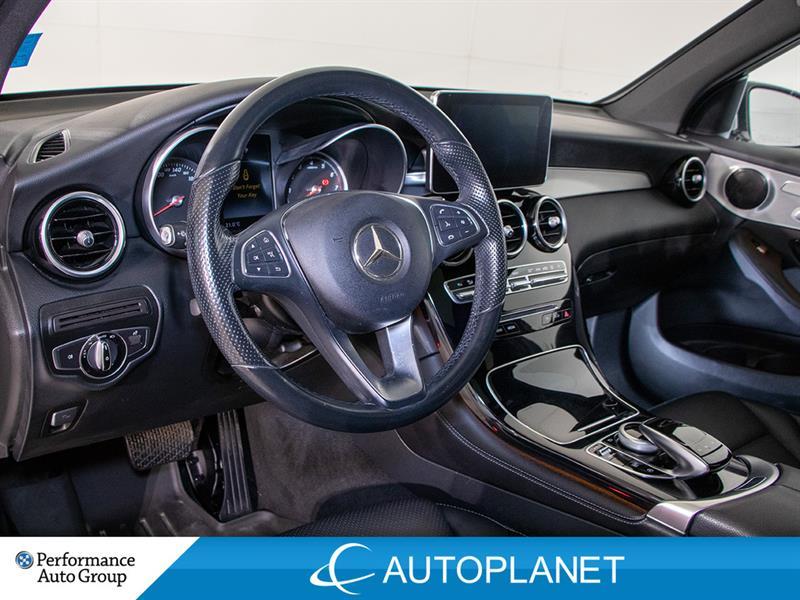 Mercedes-Benz GLC300 16