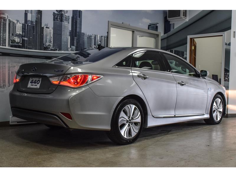 Hyundai Sonata Hybrid 4