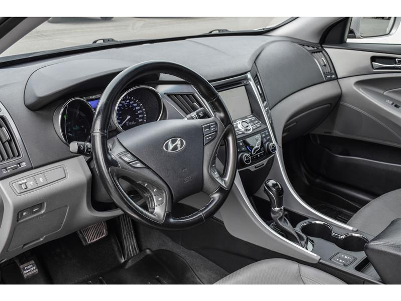 Hyundai Sonata Hybrid 9