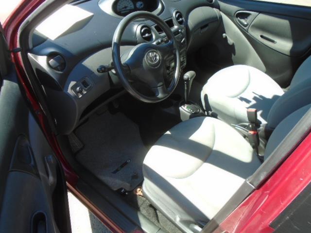 Toyota Echo 10