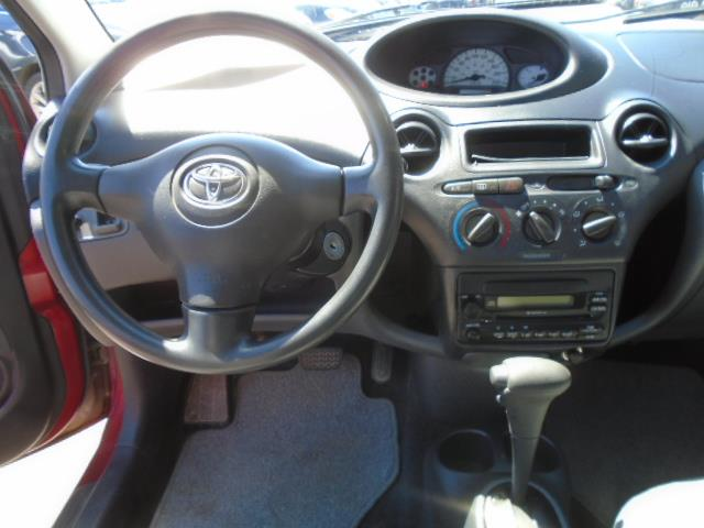 Toyota Echo 12
