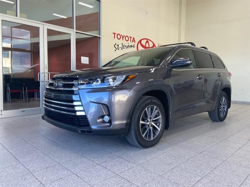 2017 Toyota Highlander * AWD * XLE * TOIT OUVRANT * M