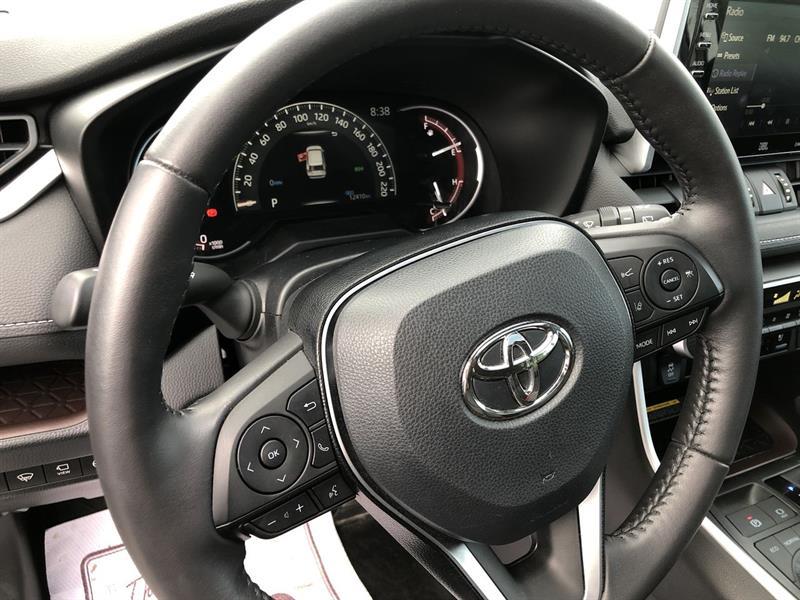 toyota RAV4 LIMITED AWD 2020 - 15