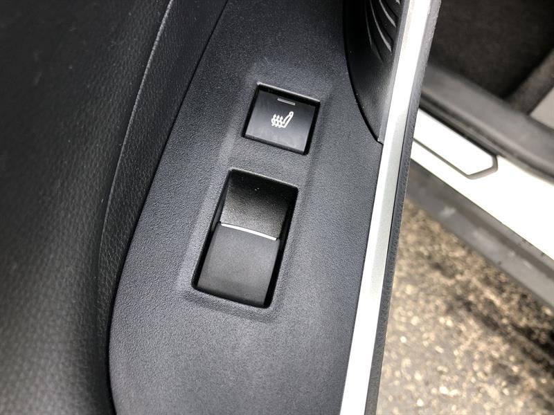 toyota RAV4 LIMITED AWD 2020 - 18