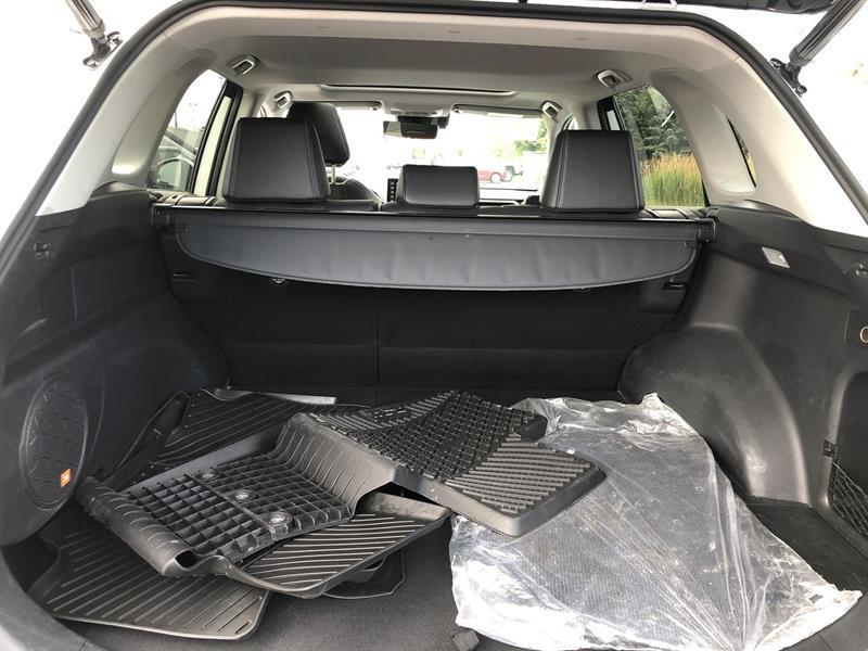 toyota RAV4 LIMITED AWD 2020 - 19