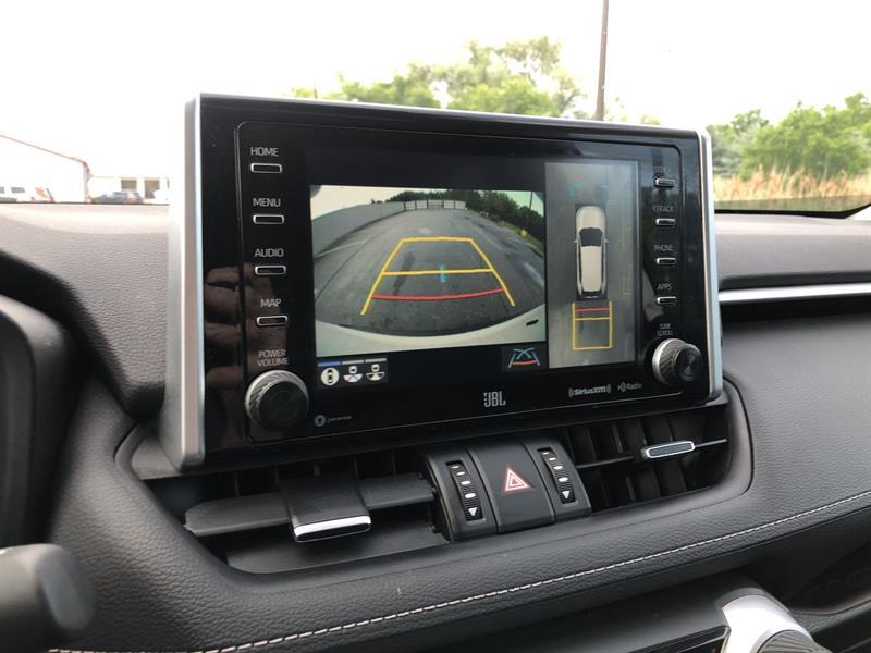toyota RAV4 LIMITED AWD 2020 - 24