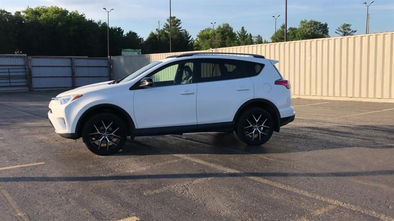 toyota RAV4 SE AWD 2017 - 5